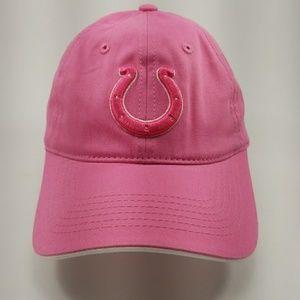317599be Women Colts Hat on Poshmark